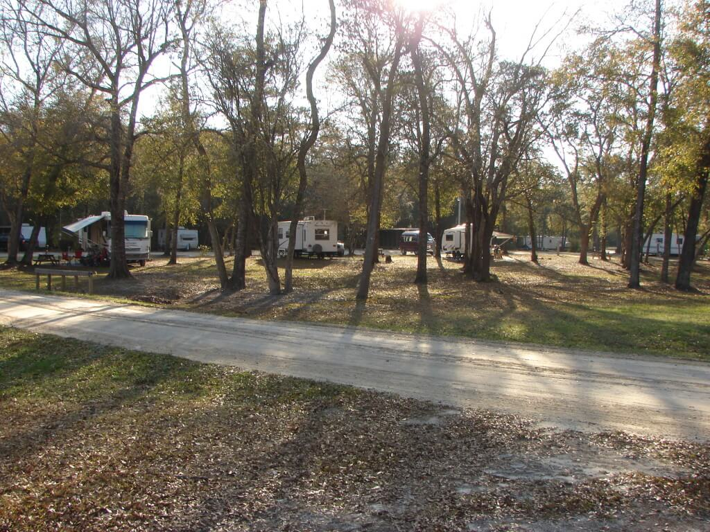 River's Edge RV Campground - Full Hookup RV Camp